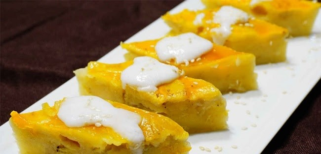 Trang trí món bánh chuối hấp nước cốt dừa