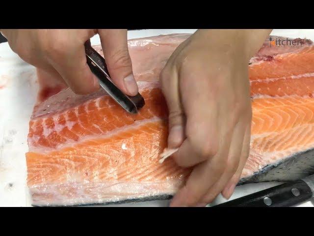 Lọc xương cá hồi fillet