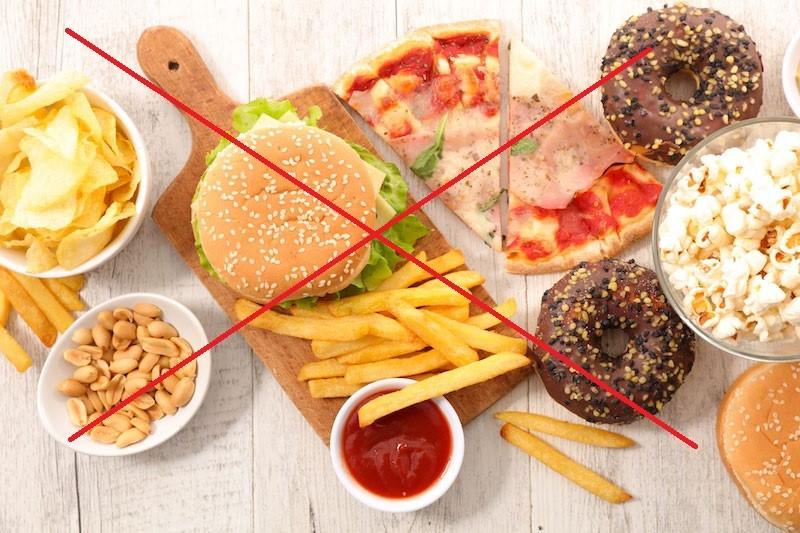 Những thực phẩm bà bầu nên hạn chế ăn
