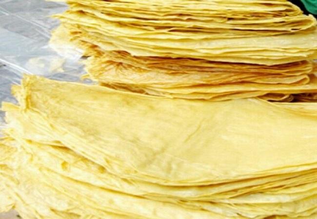 Váng đậu nguyên liệu để làm tôm chay