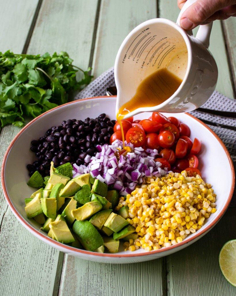 Những liệu liệu dùng để làm nước trộn cho món sala cà chua bơ