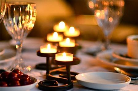 Chuẩn bị một không gian lãng mạn và ngọt ngào