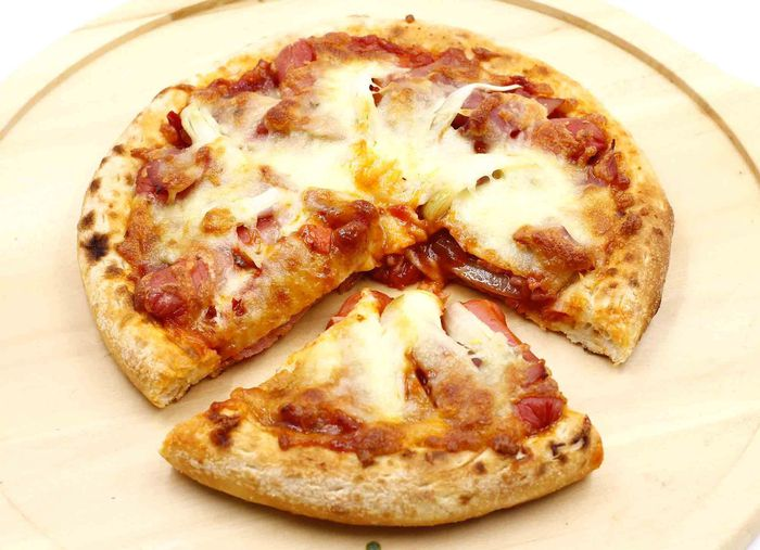 bánh pizza đông lạnh tiện lợi cho người sử dụng