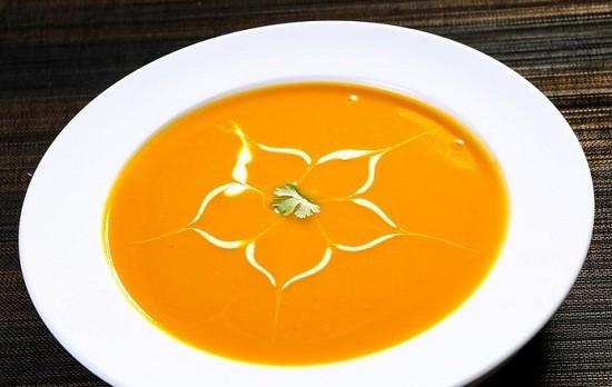 Món súp bí đỏ thơm ngon