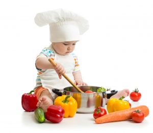 Thực phẩm sạch quan trọng trong bảo vệ sức khỏe của bé