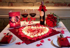 Chuẩn bị hoa hồng để ngày kỷ niệm thêm phần lãng mạn