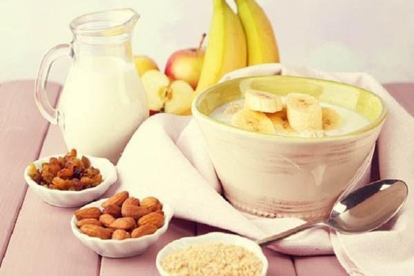 Ăn thực phẩm dễ tiêu hóa trước khi tập luyện