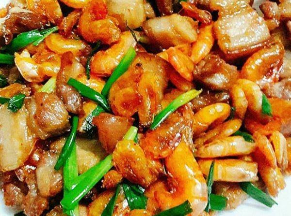 Món tôm rim thịt thơm ngon