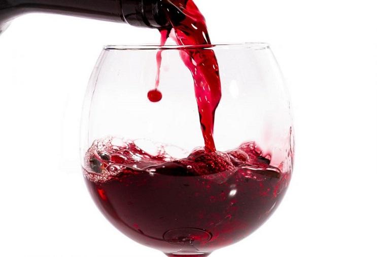 Rượu vang đỏ giúp tăng sinh lý nữ