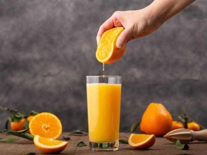 uống lượng nước cam vừa phải cho mỗi ngày