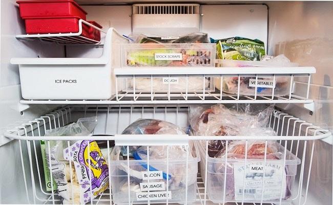 Dùng hộp nhựa để thực phẩm