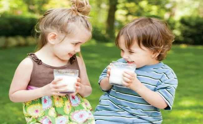 Cho trẻ uống sắn dây khi bị táo bón